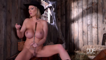 Leigh Darby   Busty Pornstar Cowgirl HD