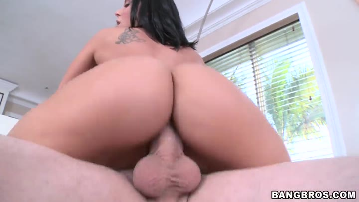 Rachel Starr in Two big asses that know how to get fucked