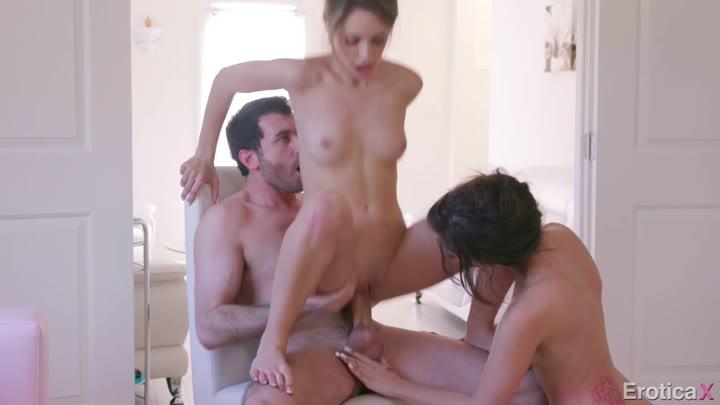 Tranny Girl Guy Threesome