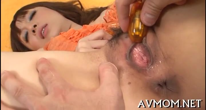 Asian MILF Pussy Poung Action Poung Asian MILF Gets Partial Shaved Cunt Hammered Doggystyle.