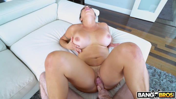 Julianna Vega - Cleaning Up The House And The Hard Cock